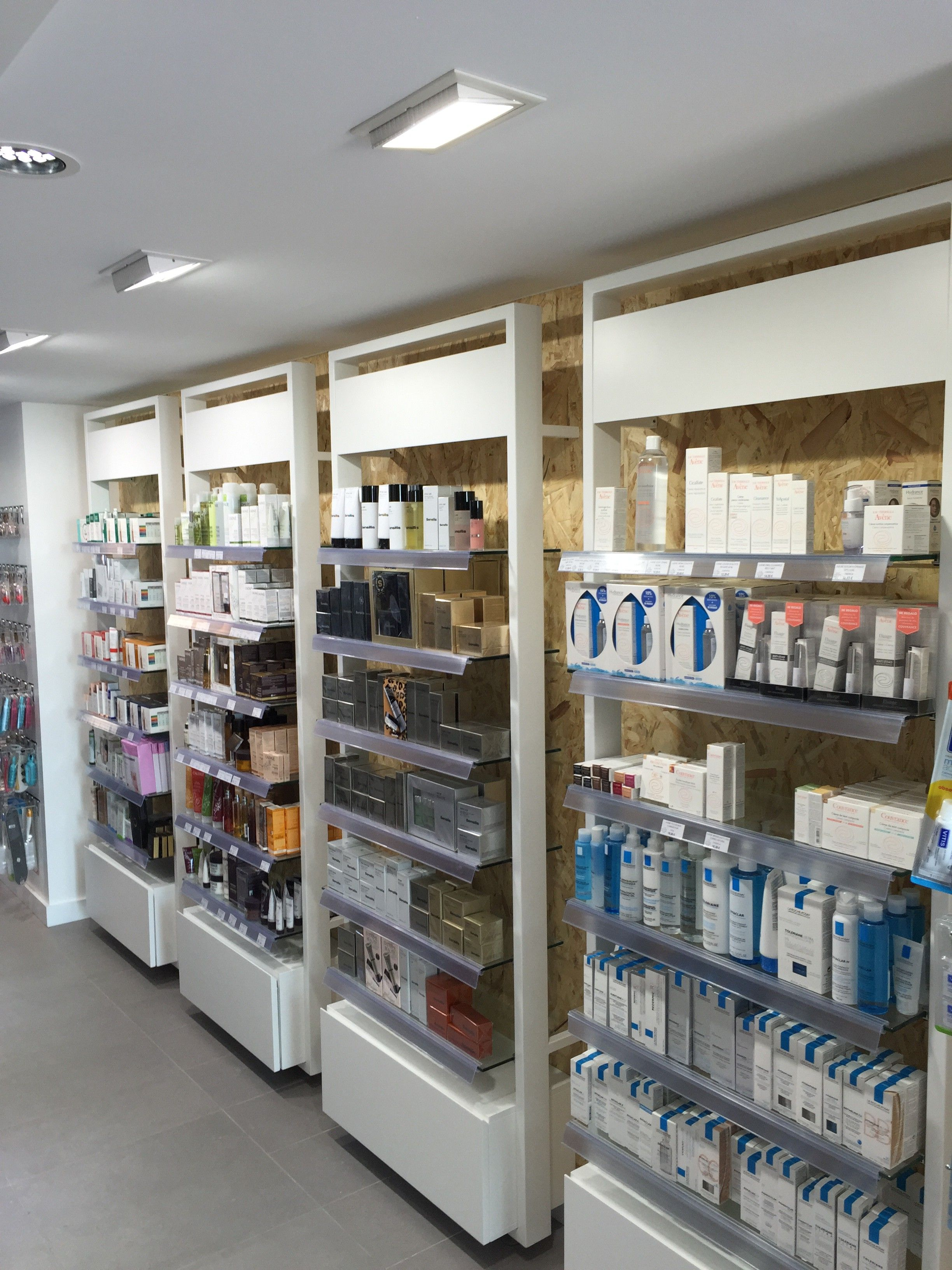 Muebles Para Escaparates Mobiliario Farmacia Retail Pinterest Farmacia