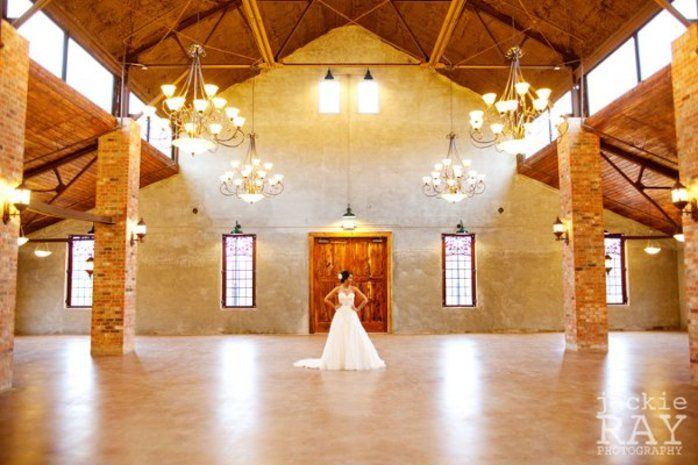 20 Uniquely Texas Wedding Venues Old Dobbin Station In Montgomery TX