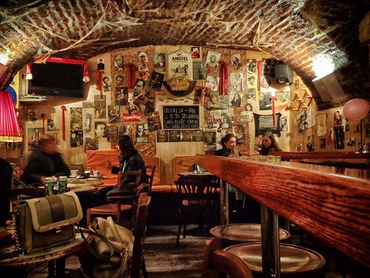 Vintage caffe bar croatia zagreb casablanca restaurant for Food bar zagreb