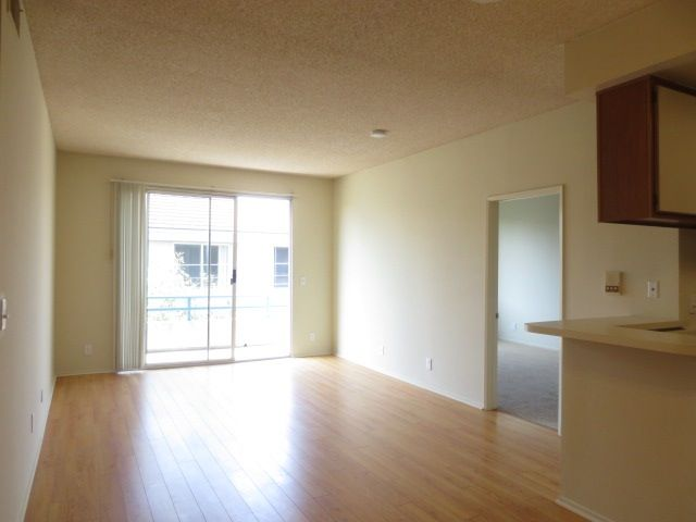 2 Bedroom Apartment For Rent In North Hollywood 91601 Rent Me Now Pinterest Renting