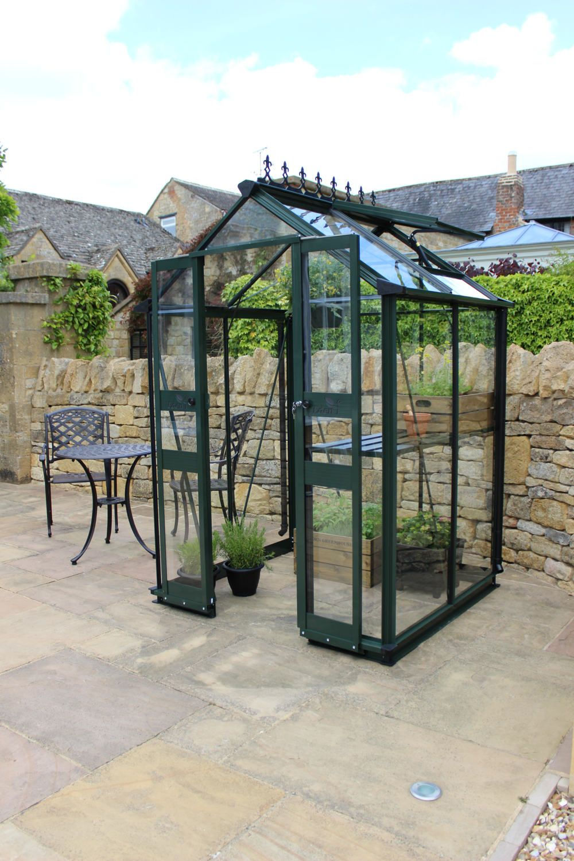4X4 Green Eden Birdlip Greenhouse Horticultural Glass 400 x 300