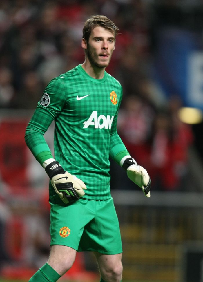 Manchester United goalkeeper David De Gea explains why he loves the pressure of playing for Manchester United ahead of the Barclays Premier League match with West Ham at Old Trafford.