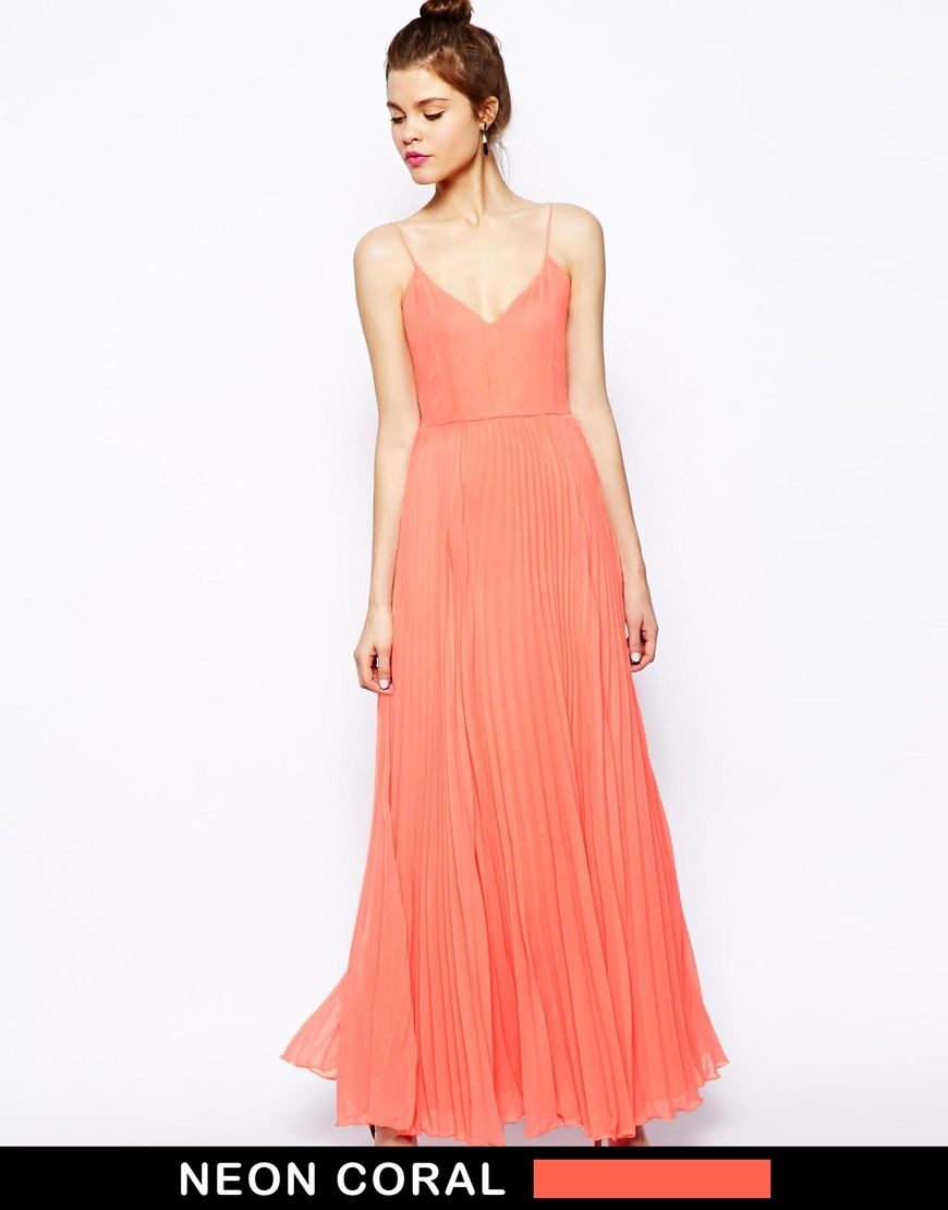 Cami Pleated Maxi Dress- if I didn\'t have a chest I could pull this ...