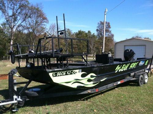 Bowfishing boats for sell boats fishing bowfishing for Bow fishing boats