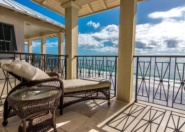 seaside treasure 3b 4ba luxury home homeaway frangista beach rh pinterest com