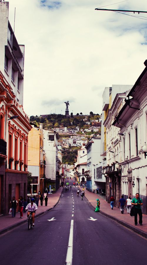 Calle Venezuela en Quito