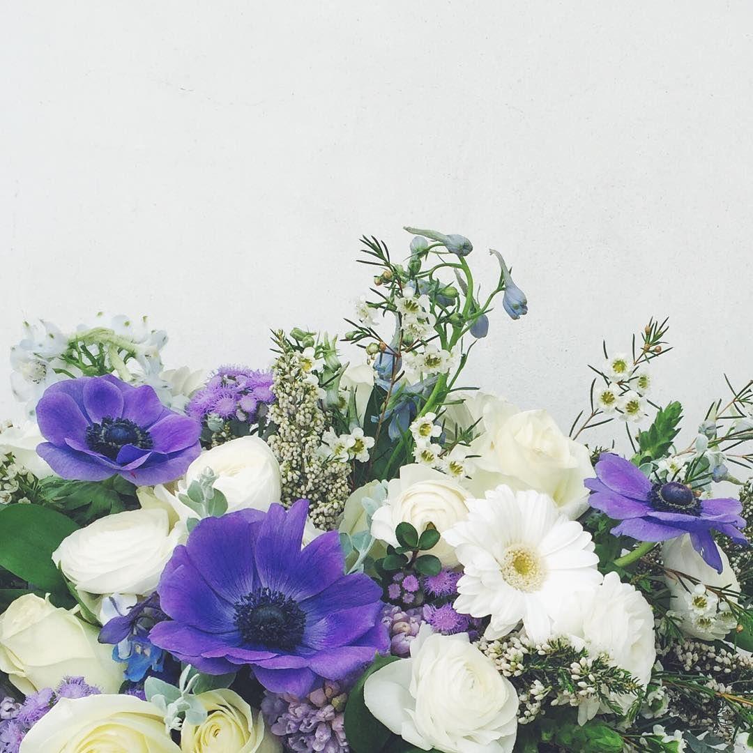 Getting ready for a new week.. #valleybrinkroad #vbrflowers #vbrgifts #losangeles #flowers #floraldesign #flowerarrangement #florist #laflorist #blooms