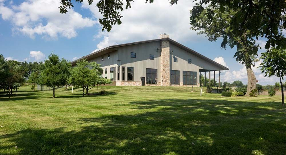Morton Buildings use clear span construction to offer