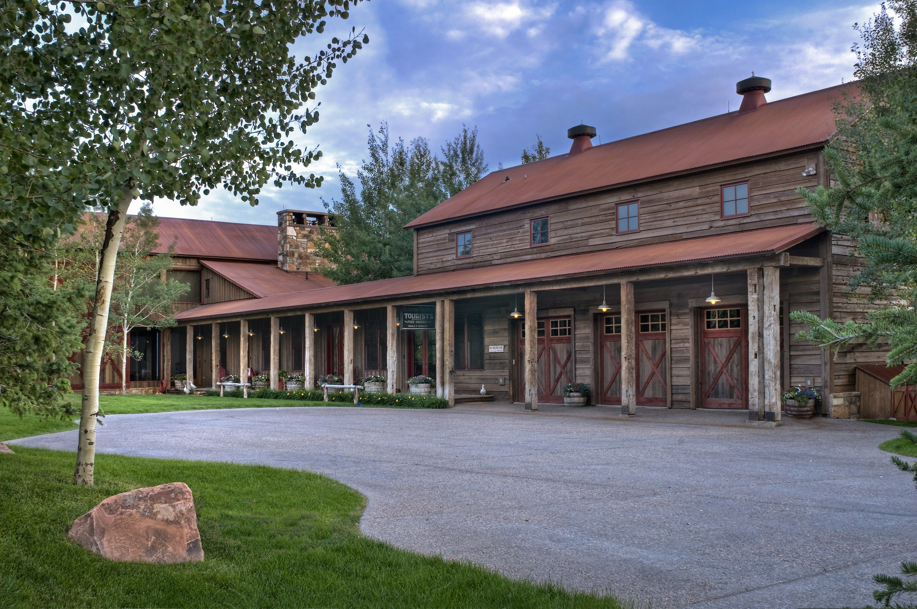 This 9 Million Ranch Marries Rustic and Luxury Amenities