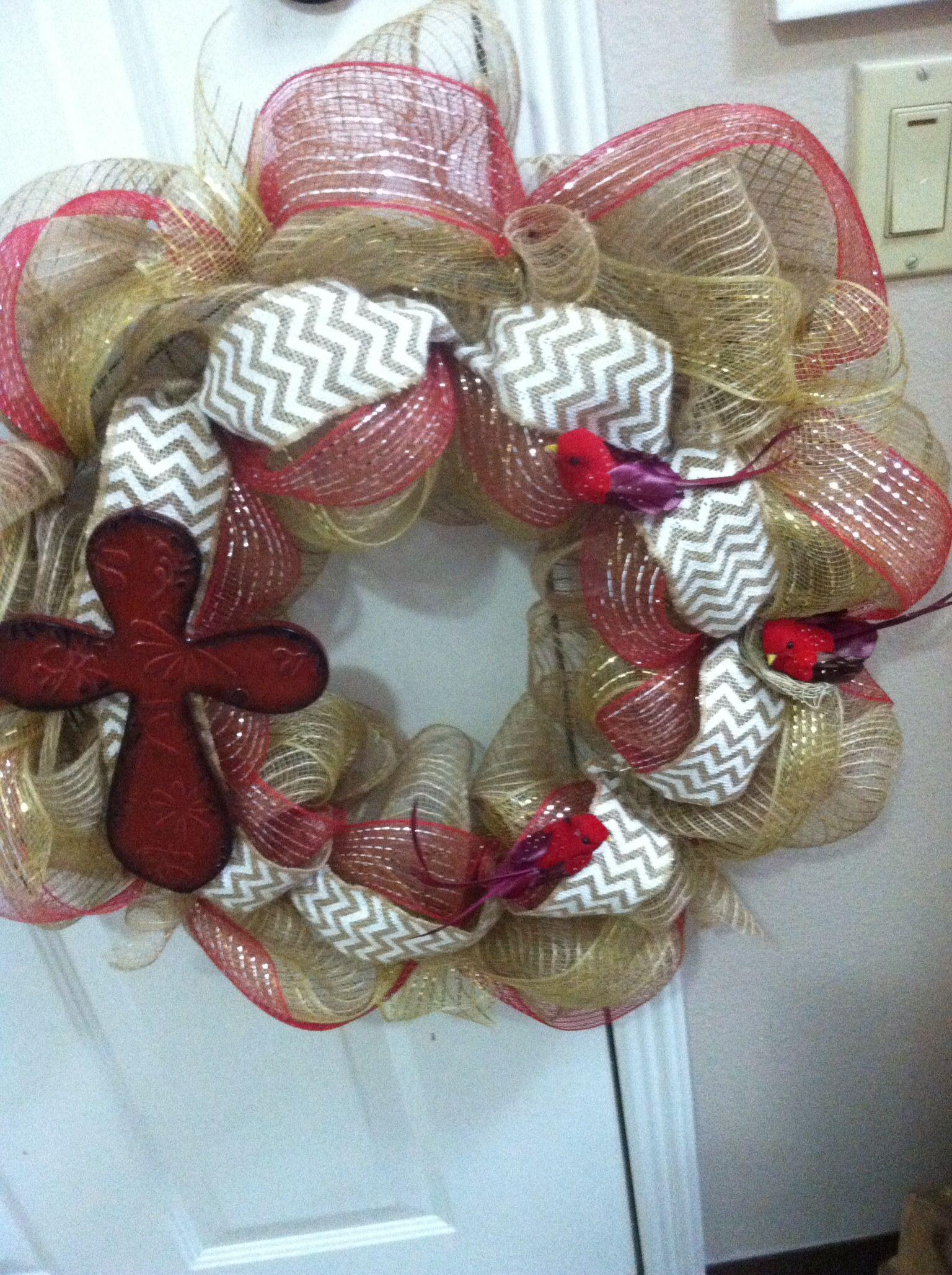 Red bird burlap wreath