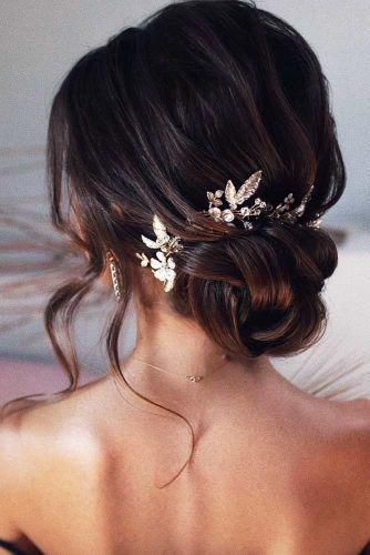 Lovely Medium Length Hairstyles For A Romantic Valentines Day Date   Wedding hairstyles