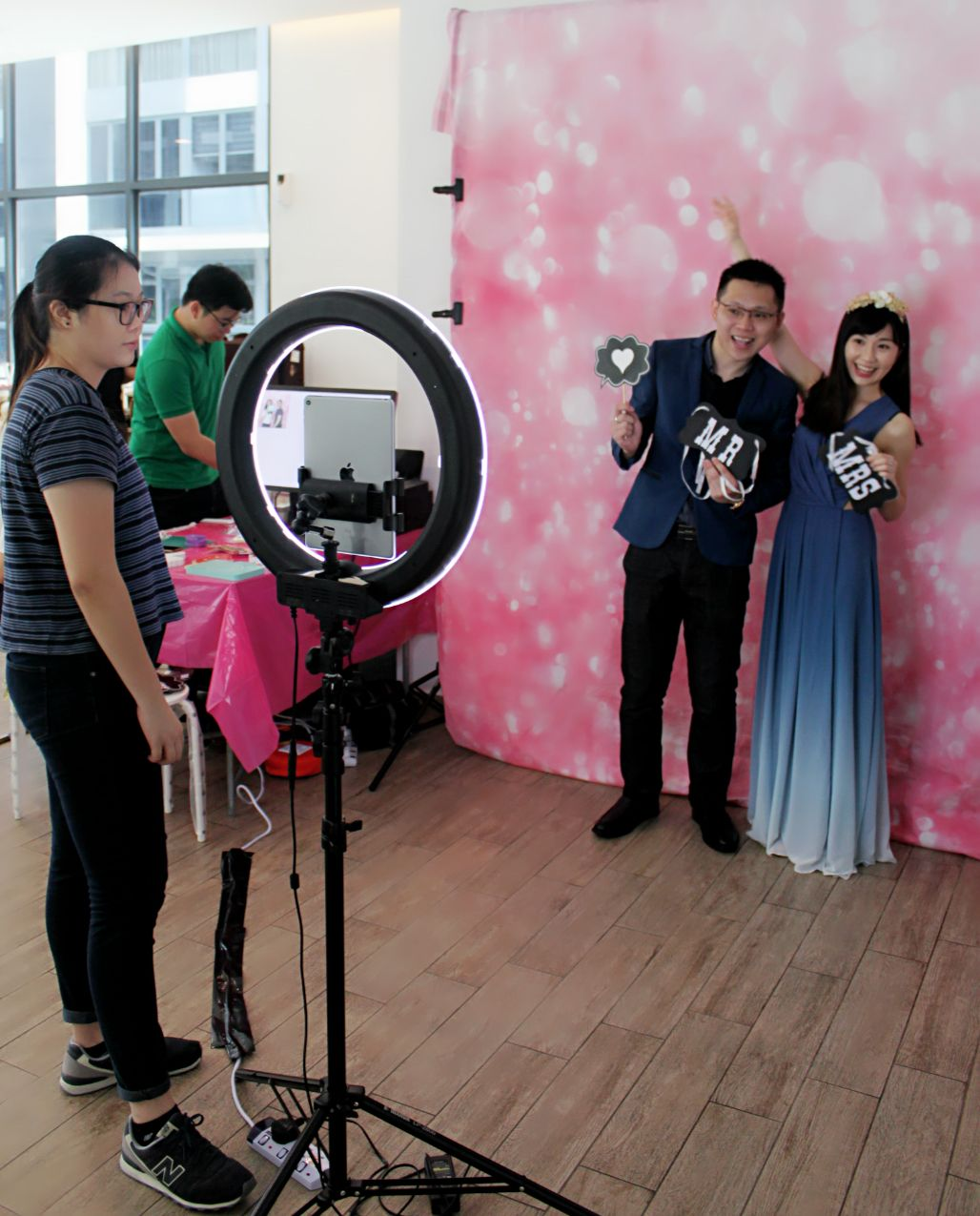 wedding reception photo booth singapore%0A  wedding  photo Photo Booth Services  What is a GIF photo booth and how