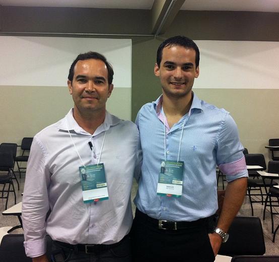 """Com o Prof. Jair, coordenador do ENEPE, após palestrar sobre """"Técnicas de Persuasão aplicadas ao Marketing"""""""