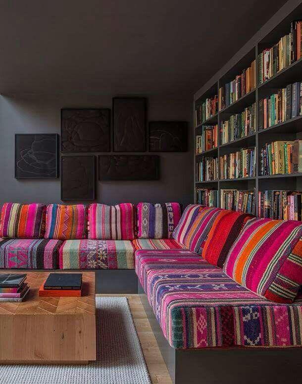 Sillon tapizado de aguayos decoraci n con aguayo for Muebles estilo mexicano contemporaneo