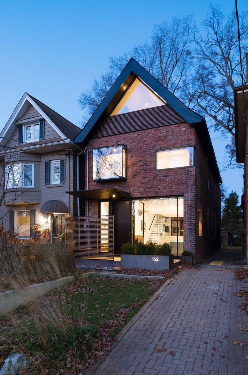 A Contemporary Redesign For This 1930s House In Toronto