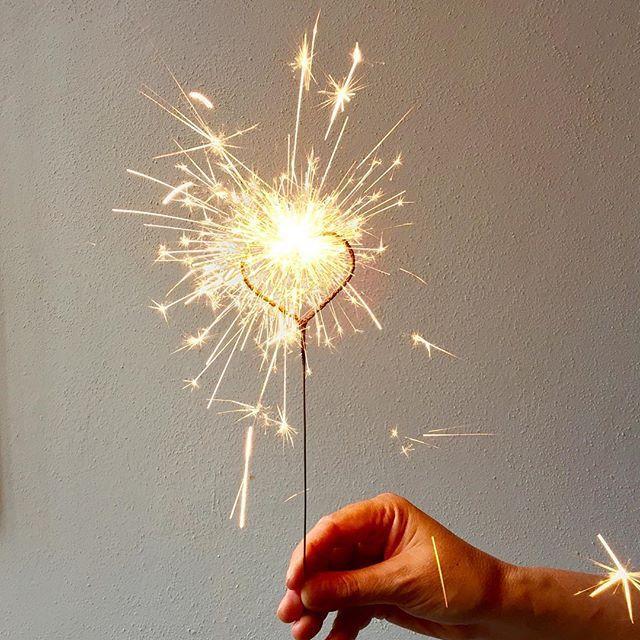 the little big light ™ made in Mexico by PyroSmart ™ #sparklers#sparklersarefun #nupcias #clean #safe#sparklersendoff #wedding#weddingplanner #boda #xvaños