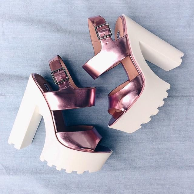 d1519e8693a Steve Madden x Iggy Azalea Get It!  pink  shoes  stevemadden  tbt  vsco   vscocam via  forbiceshop