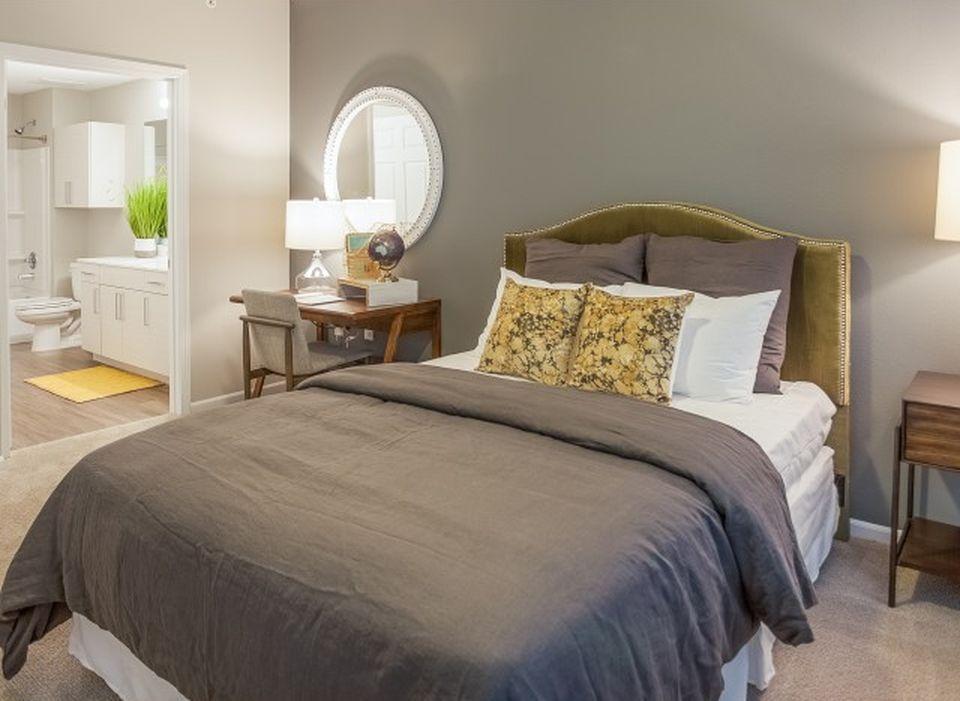 Kinsley Forest Luxury Apartments - Kansas City, MO ...