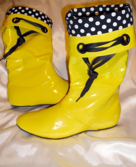 Stunning Yellow Rubber Boots