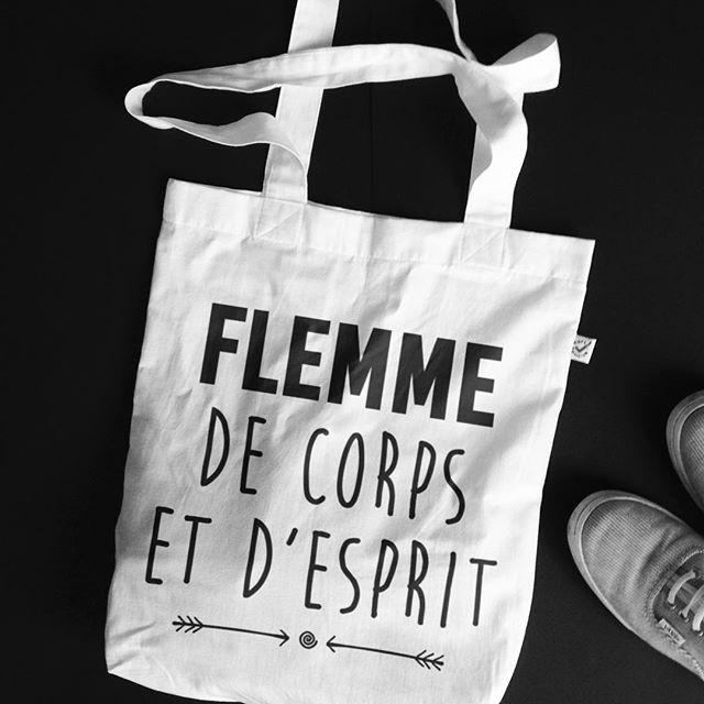 #JaimeLaGrenadine #citation #punchline #totebag #cabas #totabagbio #bio #flatlay #dimanche #lundi #monday #yoga