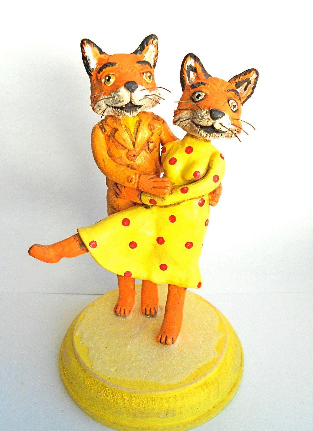 7440ddea16a Foxy Couple Personalized wedding cake topper ekkor: 2019 | érdekességek