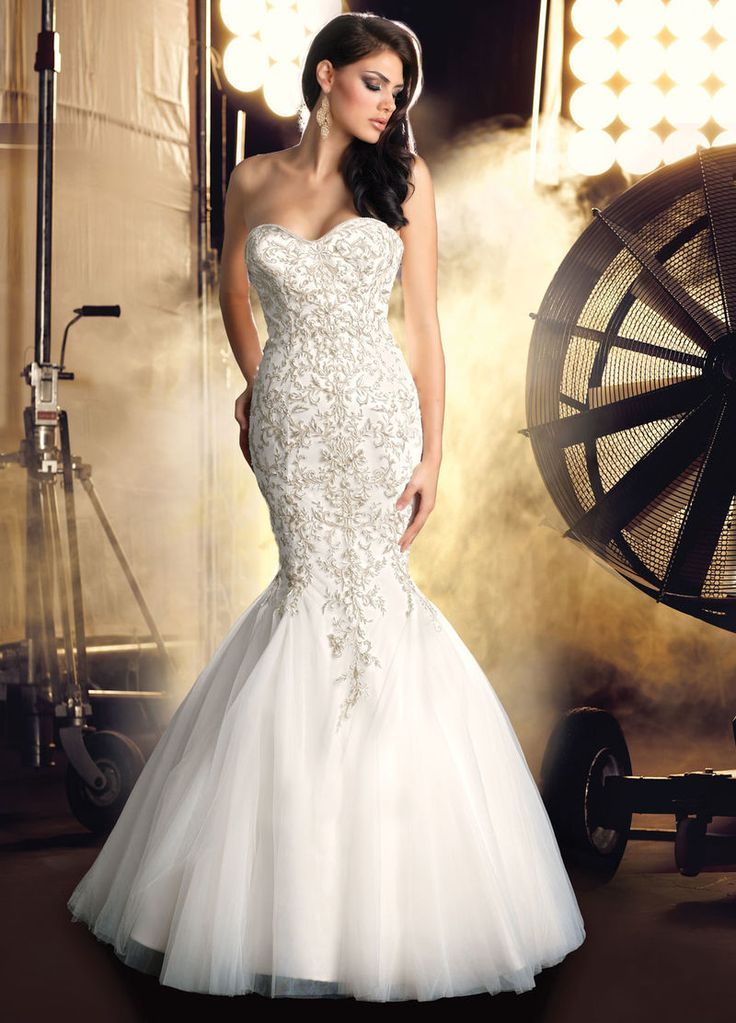Bling Is The Hottest Trend This Year Which Can Be Seen In Casual Dresses F Strapless Wedding Dress Mermaid Wedding Dresses Mermaid Bling Mermaid Wedding Dress