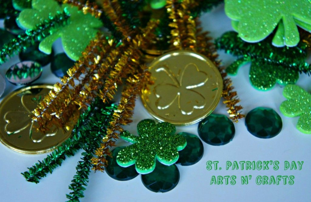 St. Patrick's Day Arts n' Crafts for toddlers + kids.