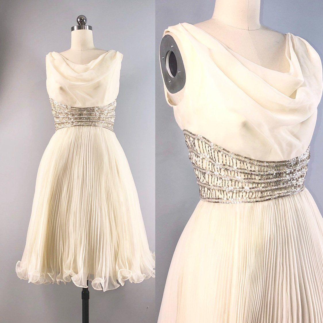 Jack Bryan 60s Dress Vintage 1960s Ivory White Pleated Beaded Etsy 60s Dress Vintage Pleated Dress Pattern Dresses [ 1124 x 1124 Pixel ]