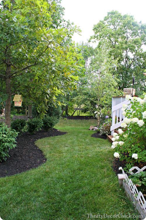 Using black mulch in gardening beds | Getting Crafty & DIY ...