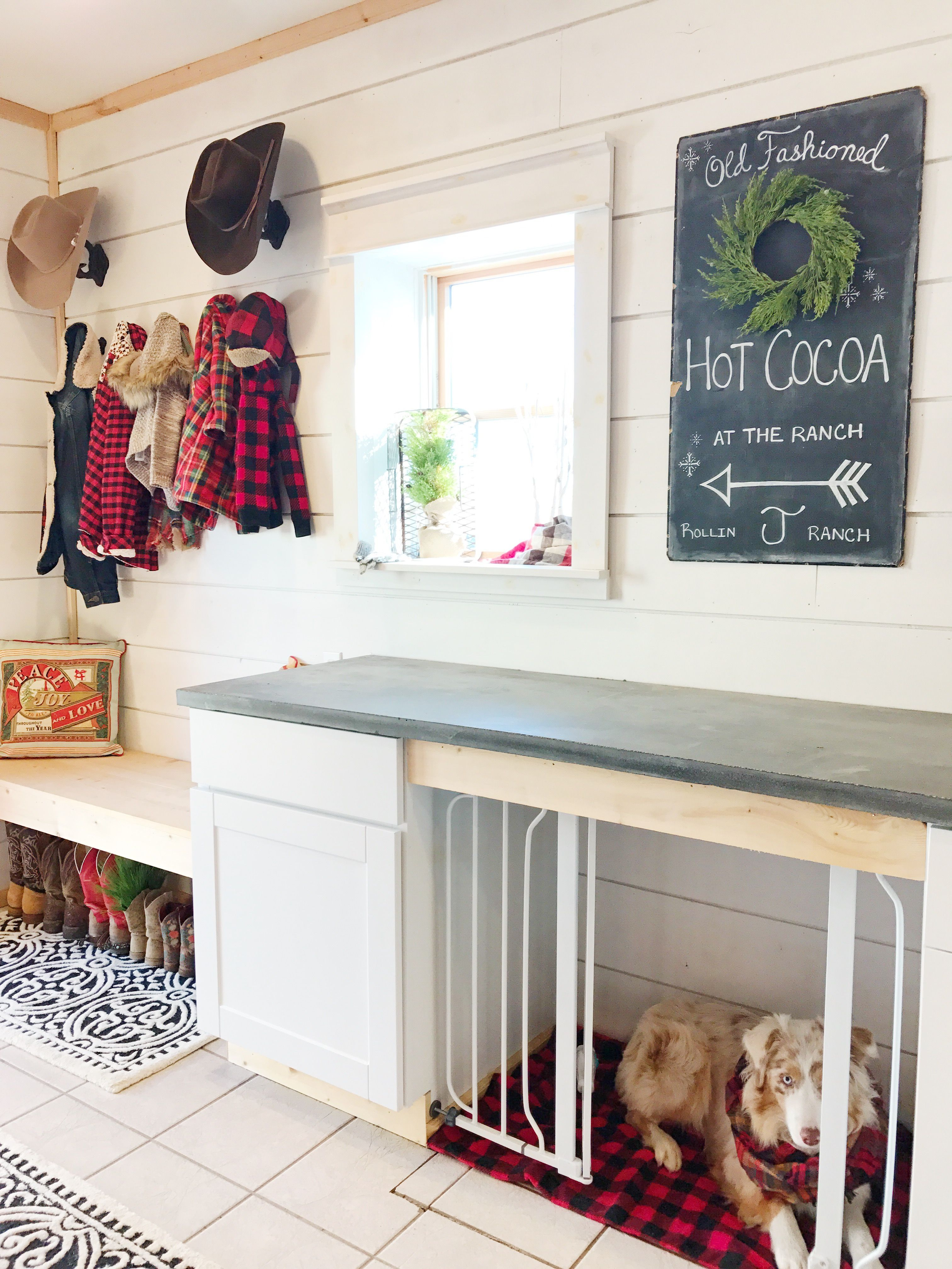 Holiday Home Tour in 2019 | Dog Kennels | Farmhouse laundry