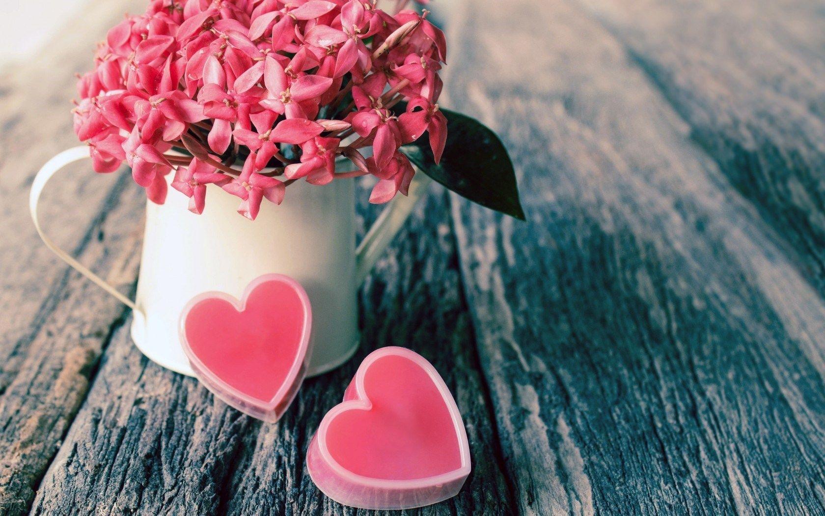 Find out: Lovely Flower Vase wallpaper on  http://hdpicorner.com/lovely-flower-vase/