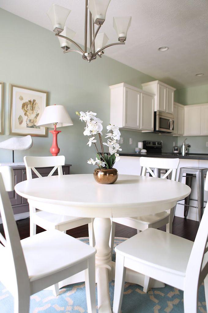 Model Homes Aren T Usually Known For Having Tons Of Style But Utah Interior Designer Kirsten Kraso Palladian Blue Living Dining Room Kitchen Dining Room Combo #palladian #blue #living #room