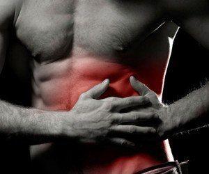 Lees alles over gekneusde ribben; symptomen, herstel en ...