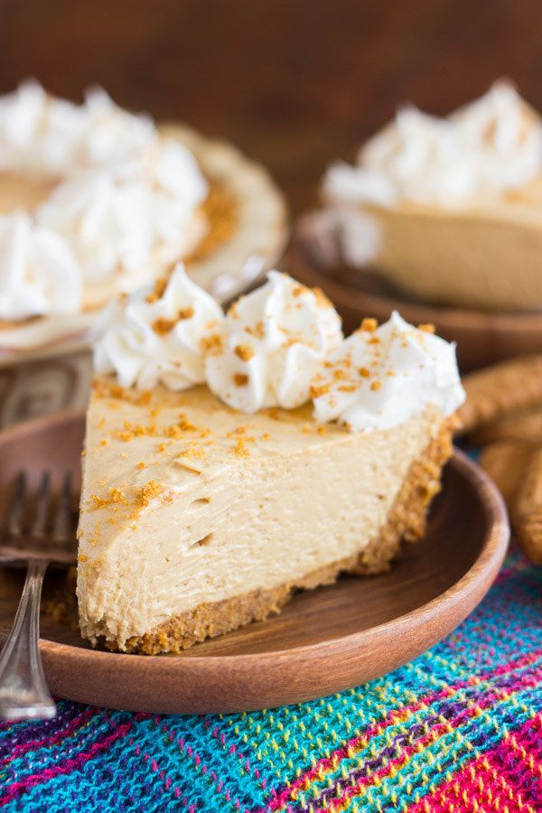 Cookie Butter Cheesecake With Biscoff Crust #cookiebutterpie