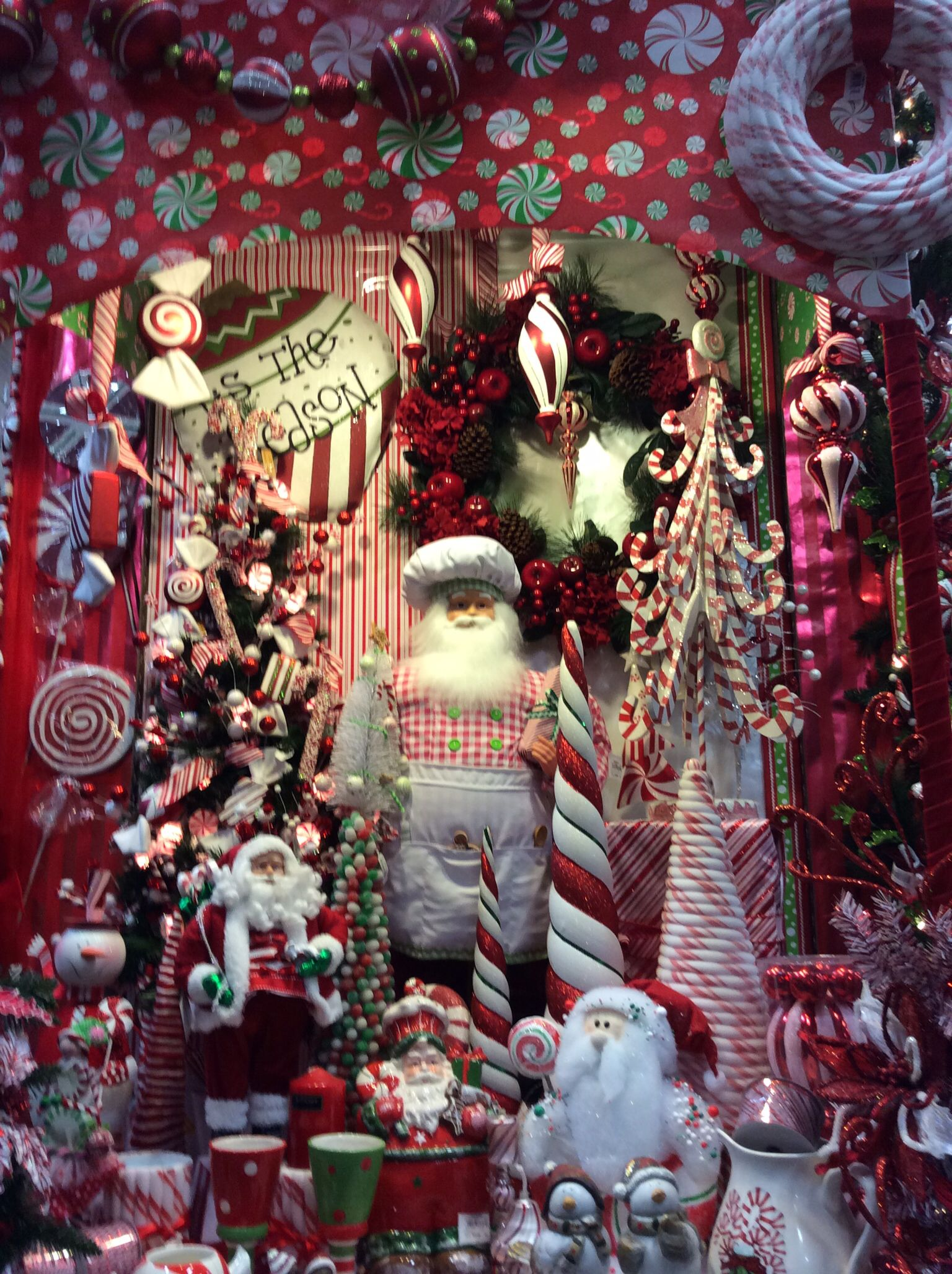 candy cane christmas display - Candy Cane Christmas Shop