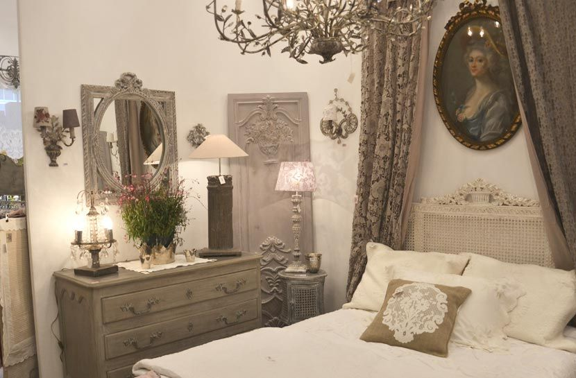 coquecigrues collection de meubles et objets de style ancien 18 me si cle faites de beaux. Black Bedroom Furniture Sets. Home Design Ideas