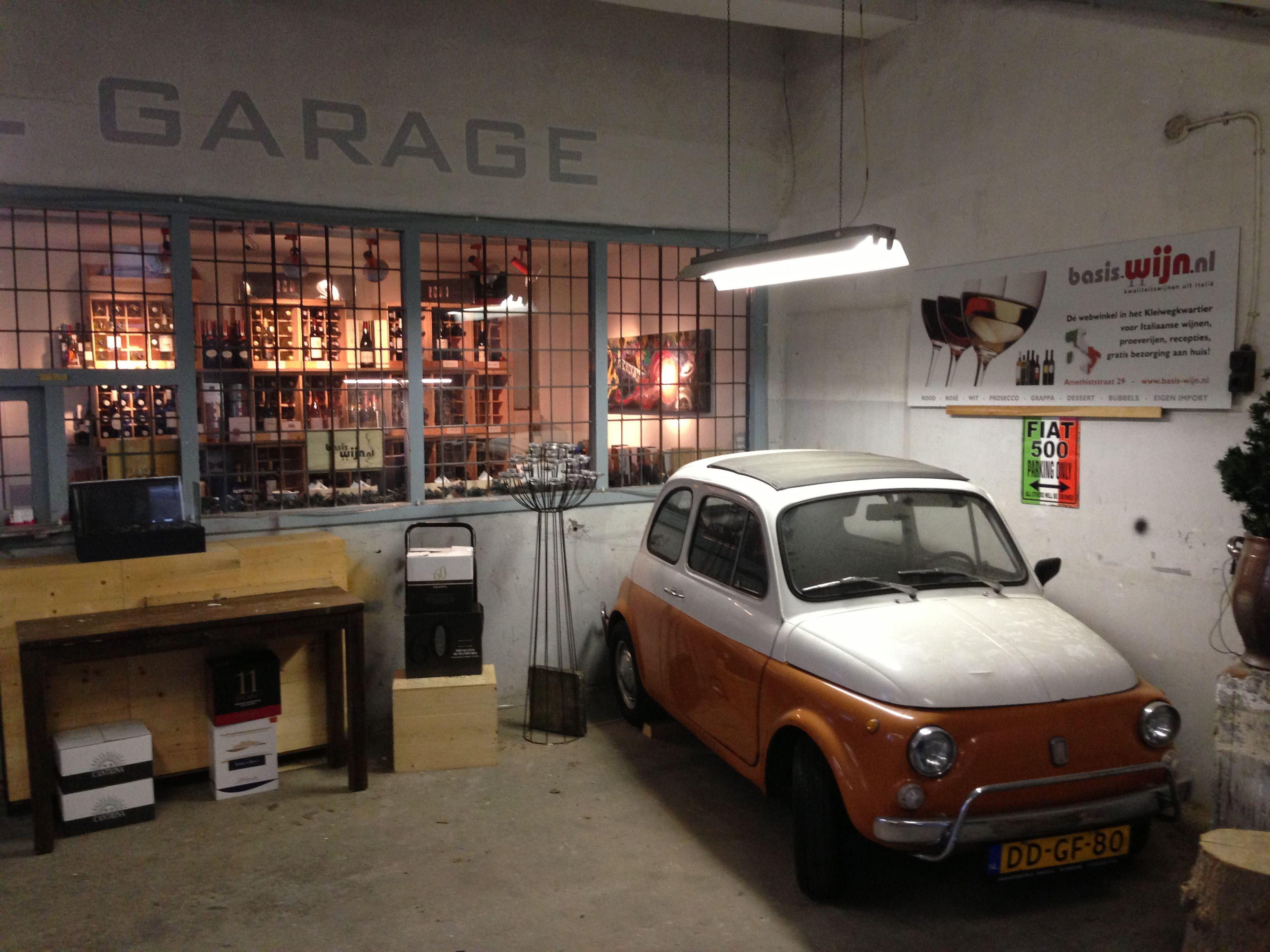 Fiat Garage Rotterdam : Wijnwinkel in oude garage rotterdam gespecialiseerd in italiaanse