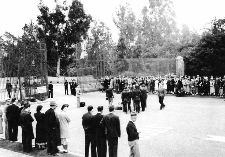 Forest lawn memorial park glendale california jean