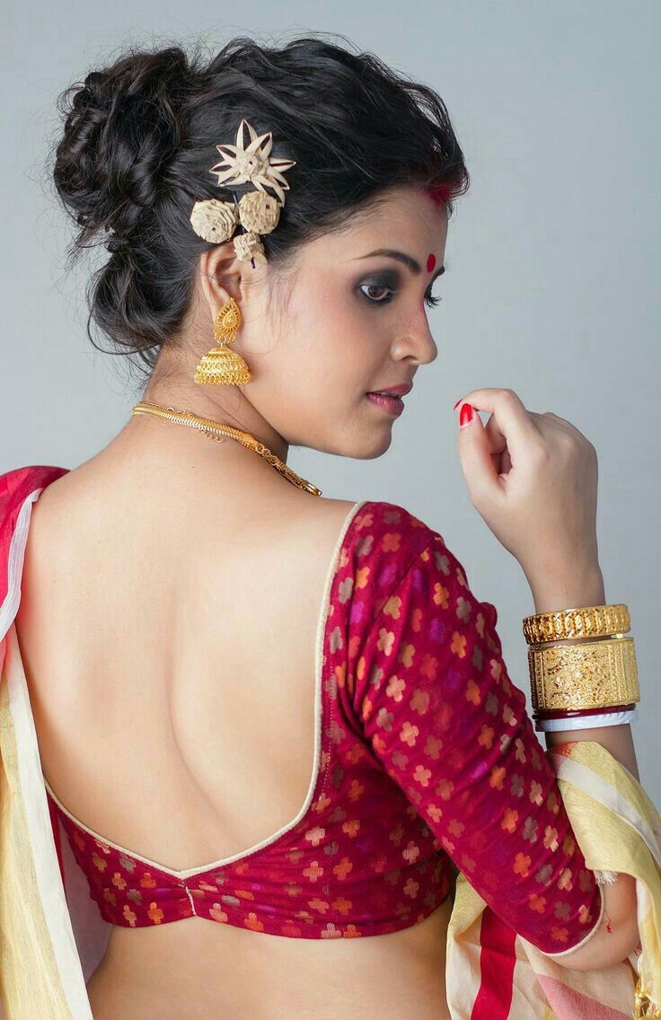 8fd74b590a Backless Saree Blouse