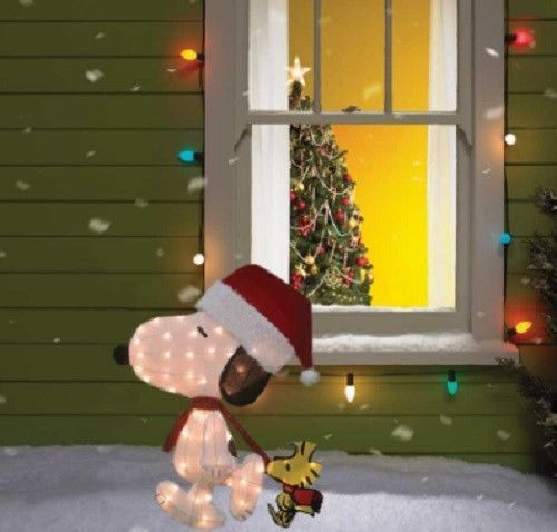 Peanuts Outdoor Christmas Decorations.Lighted Peanuts Snoopy Woodstock Sculpture Outdoor Christmas