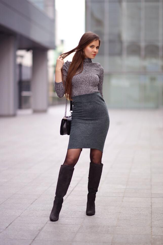 Midget in high heels