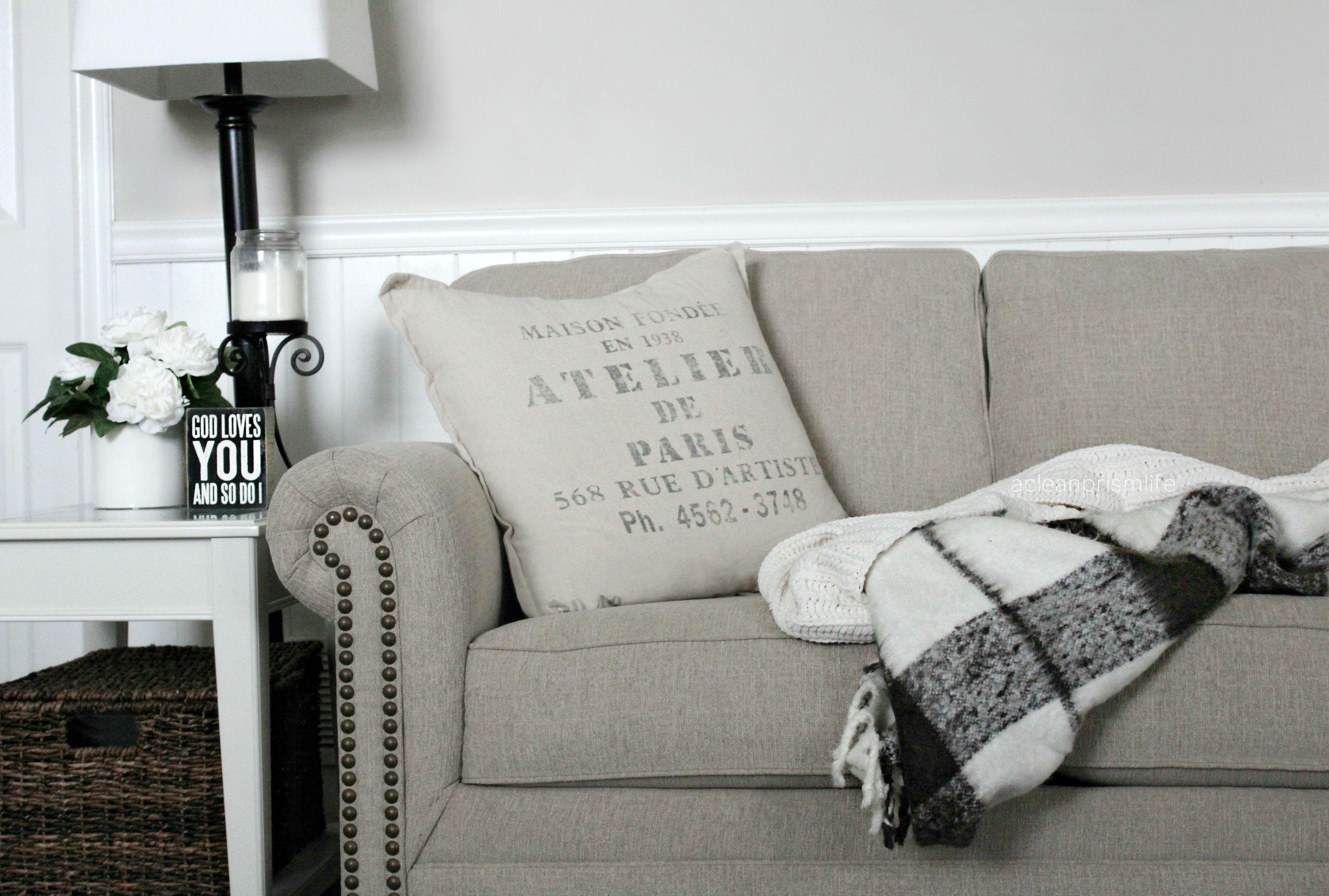 Living Room Decor Modern Farmhouse Decor Steals Ashley Homestore ...
