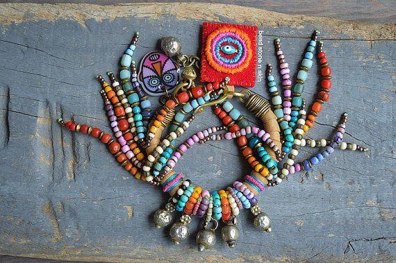 Hippie gitana boho playa pulsera pulsera tribal por BeadStonenSkin
