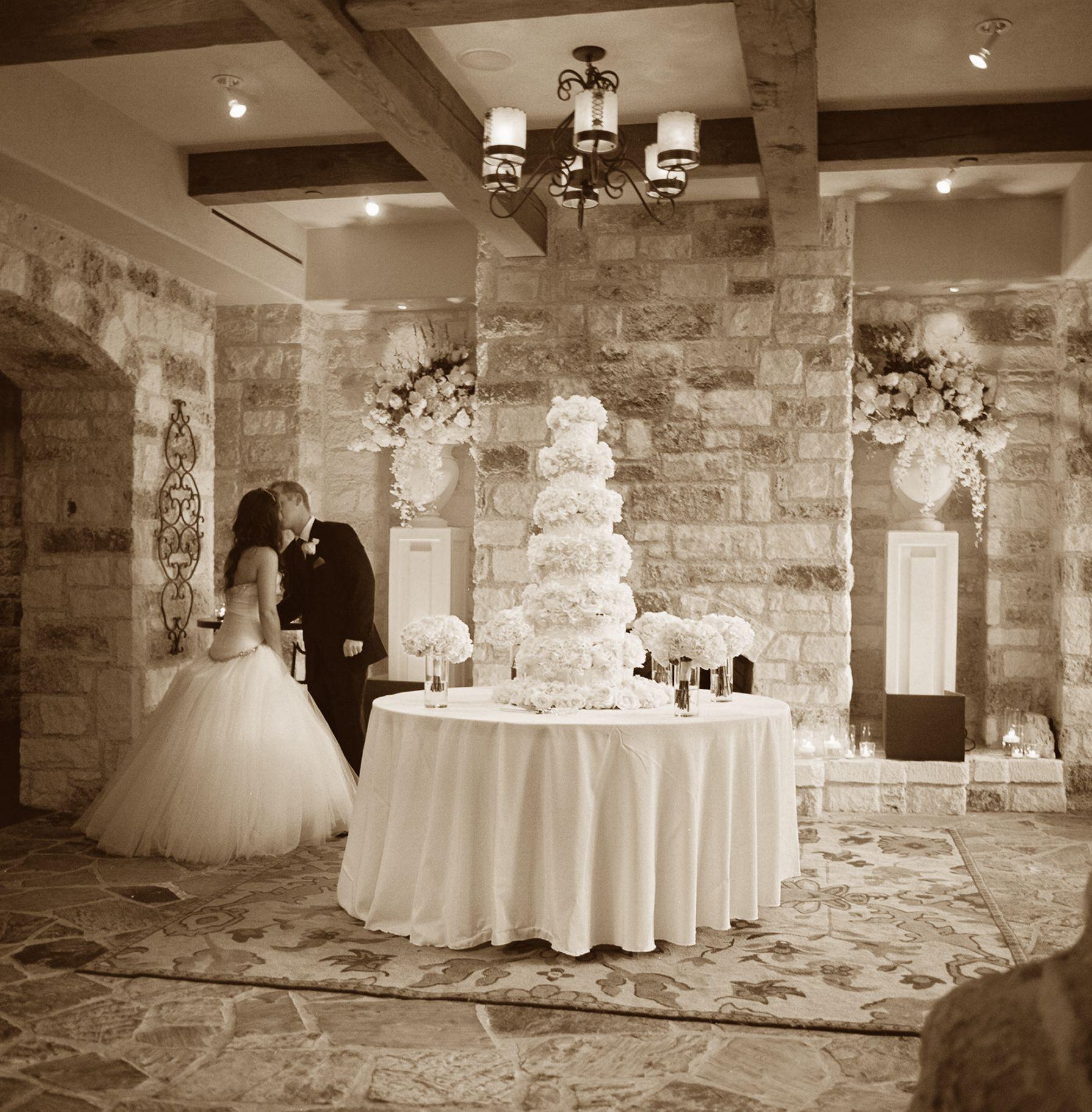 #Wedding at @Cordillera Ranch Boerne, Texas Boerne, Texas Boerne, Texas! Photography by J Wilkinson Co. www.jwilkinsonco.com #photography #film #wedding #cordilleraranch
