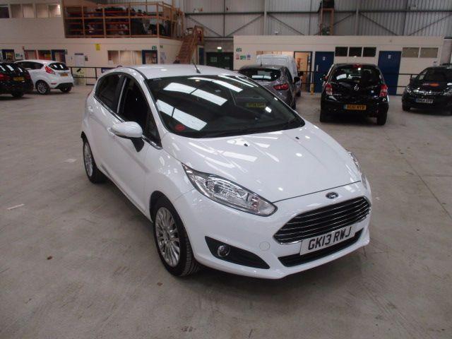Second Hand Ford Fiesta 1 0 Ecoboost 125 Titanium 5dr For Sale In Newton Abbot Devon Ford Ford Fiesta Titanium