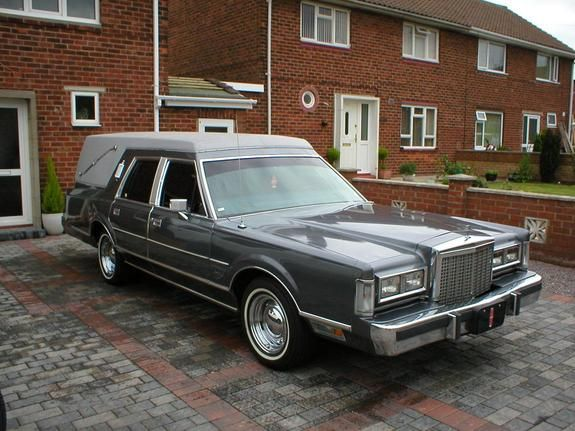 Lincoln Continental Town Car Hearse Lincoln Cars Lincoln Vehicles