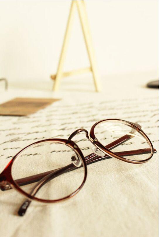 8a4675fdba 2016 Fashion Eyeglasses Womens Glasses Frame Female Retro Full Frame Round  Nerd Optik Eye Glasses For Women oculos de grau-in Eyewear Frames from  Women s ...