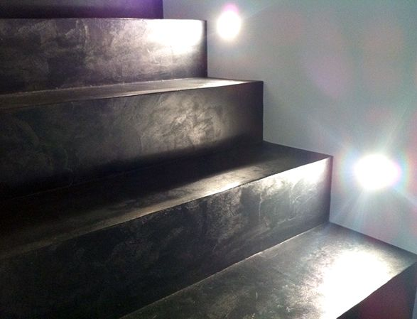 Mercadier Enduit Beton Colore Ebc Tikal Www Mercadier Fr Renover Escalier Escalier Beton Cire Escalier Beton