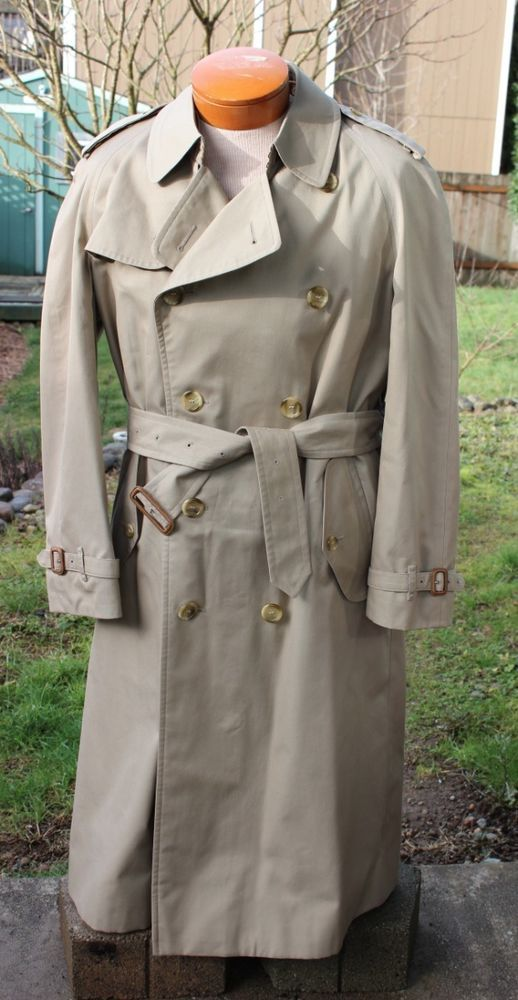 Men s Vintage Classic Burberry Khaki Trench Coat w Nova Check Lining 40  Long  Burberrys  TrenchCoat 1fd5afe9674