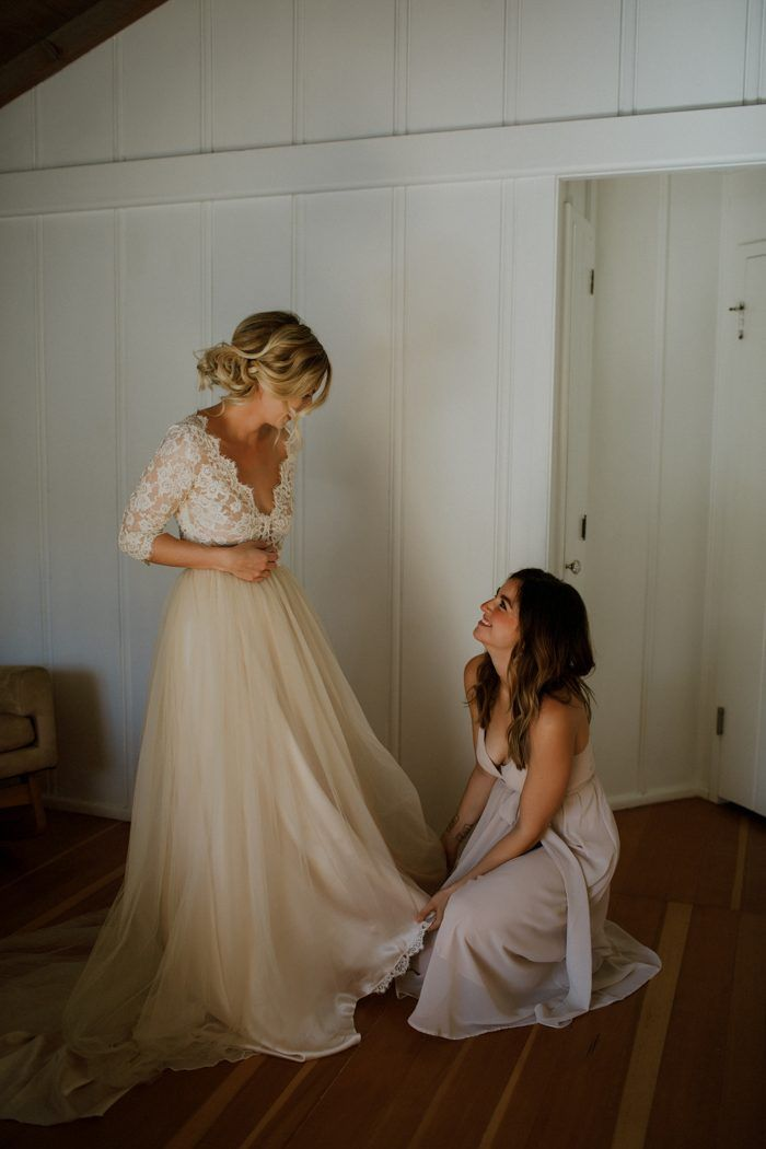 This Couple Lucked Out with the Dreamiest Light During Their Big Sur Elopement #lacebridesmaids